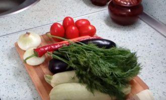 Кабачки и баклажаны для рагу