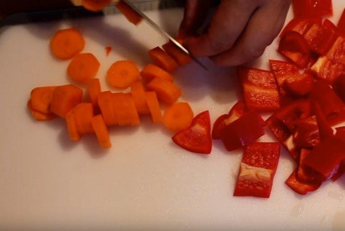 Морковь кольцами для гуляша