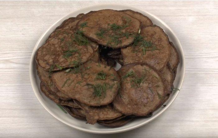 Печеночные оладьи - 5 рецептов приготовления с пошаговым фото