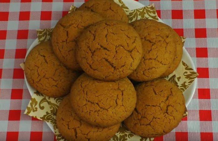 Овсяное печенье приготовленное по классическому рецепту