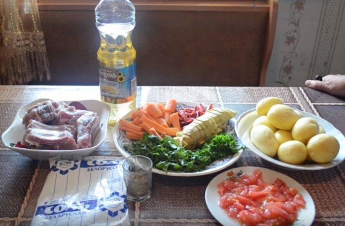 Ребрышки свиные и овощи