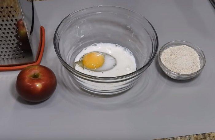 Яйцо в молоке
