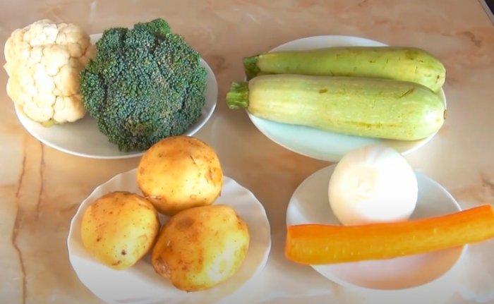 Кабачок, брокколи и цветная капуста