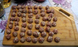 Фрикадельки слепленные из мяса