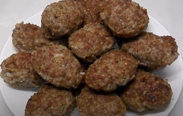 гречаники с фаршем приготовленные на сковороде