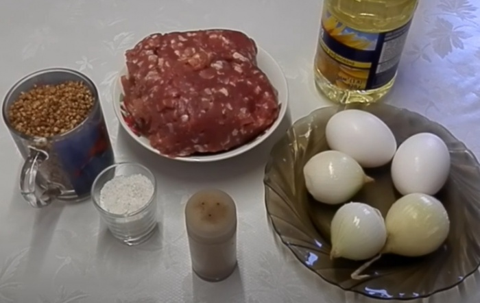 Для приготовления гречаников с фаршем надо
