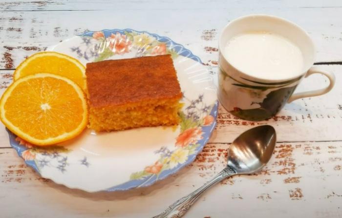 Манник с цедрой апельсина на кефире
