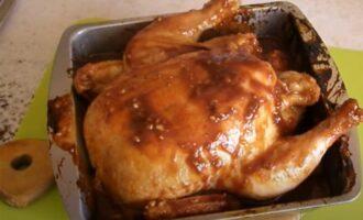 Готовая цельная курица в кисло-сладком маринаде