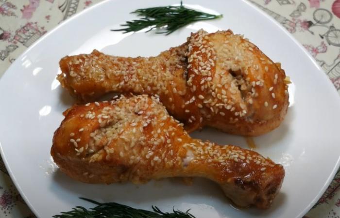 Ножки куриные с кунжутом в сладко-кислом соусе
