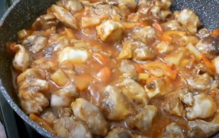 филе с овощами в соевом соусе