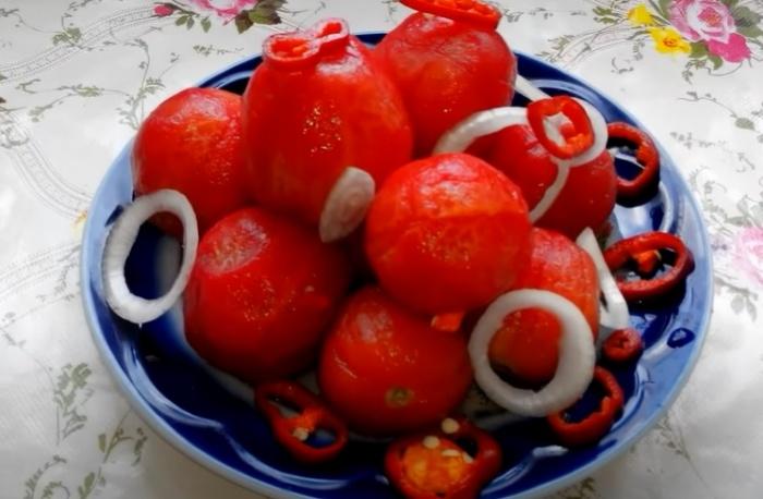 малосольные помидоры быстрого приготовления без шкурки