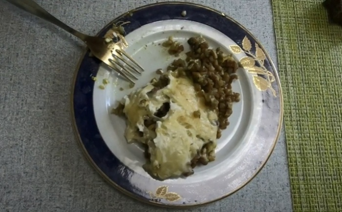 Запеканка из гречки с грибами