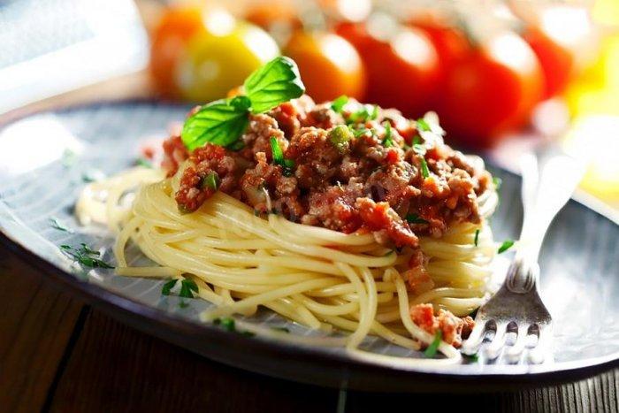 спагетти болоньезе с фаршем