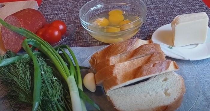 Ингредиенты для пиццы из батона и яиц