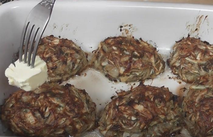 Котлеты из капусты с фаршем приготовленные в духовке