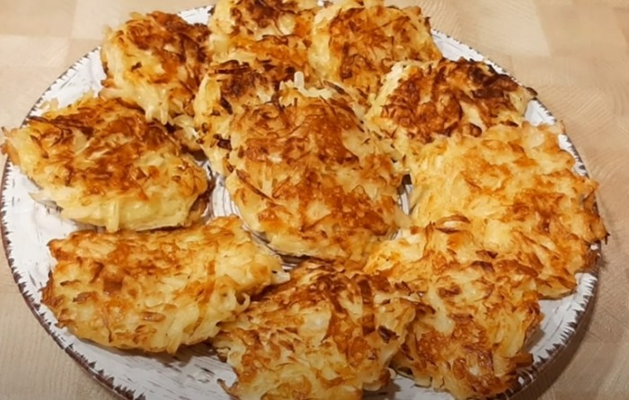 Капустные котлеты с сыром из сырой капусты
