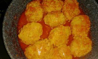 Ленивые голубцы в сковороде с томатной пастой