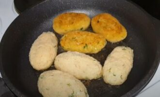 Постные котлеты из капусты с манкой и пшеном на сковороде