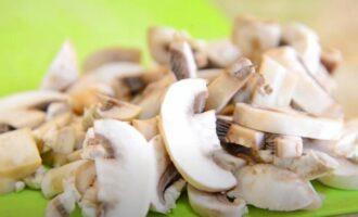 Жульен с курицей и грибами в духовке - 5 пошаговых рецептов с фото